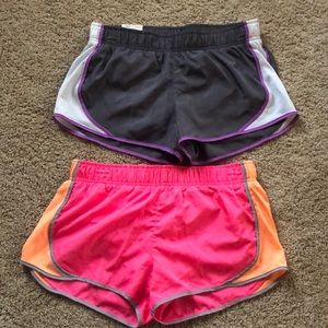 Women's medium athletic shorts